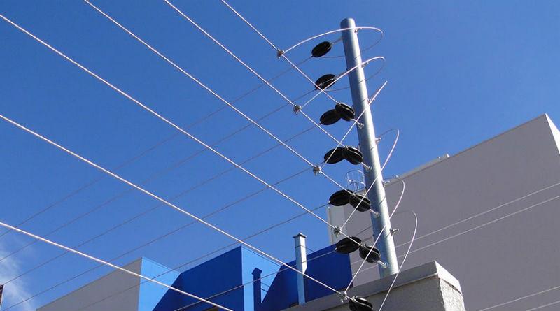 Cerca Elétrica com repuxo Instalação e manutenção